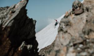 Esquiando en pleno verano en Sierra Nevada