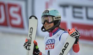 La esquiadora suiza Holdener da positivo por COVID-19 en las Finales de Leinzerheide