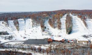 Wild Mountain gana la carrera por ser la primera estación de esquí en abrir de América del Norte