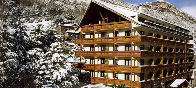 Hotel Rutllan ****