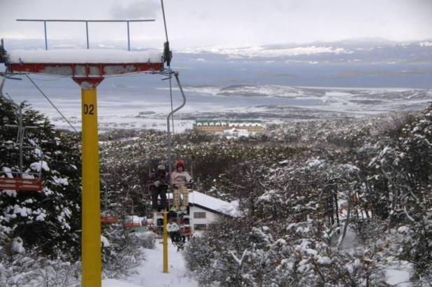 Centro de Montaña Glaciar Martial en Tierra del Fuego. Foto crédito: Facundo Santana Fotografías
