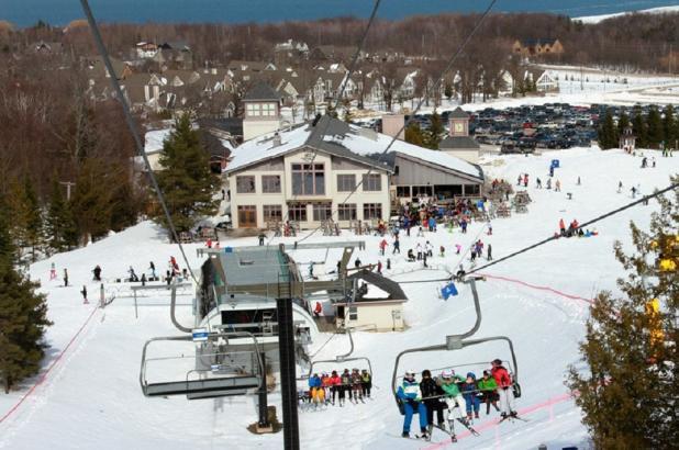 Telesilla en Alpine Ski Club