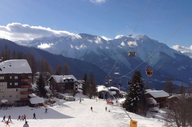 Esquiando en Bellwald