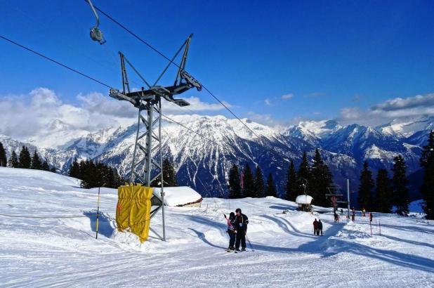 Buen día de esquí en Campo Blenio