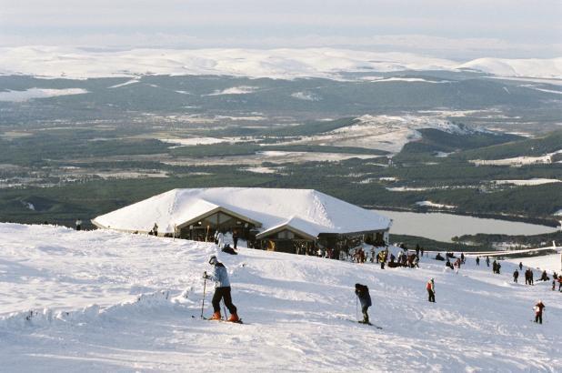 Vista de la estación de Cairngorm Mountain