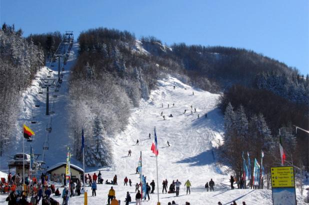 Esquiando en Cimone