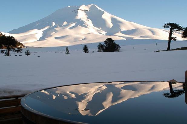 Bonita imagen de Corralco y el Volcán, imagen tomada por Juanpa