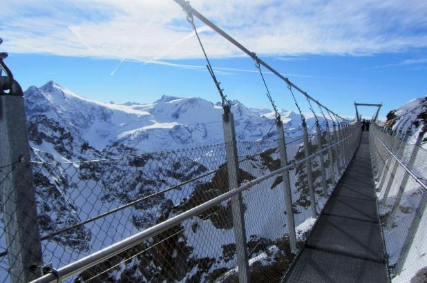 cliff walk en Titlis