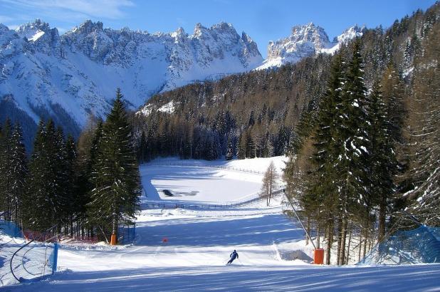 Esquiando en Forni di Sopra