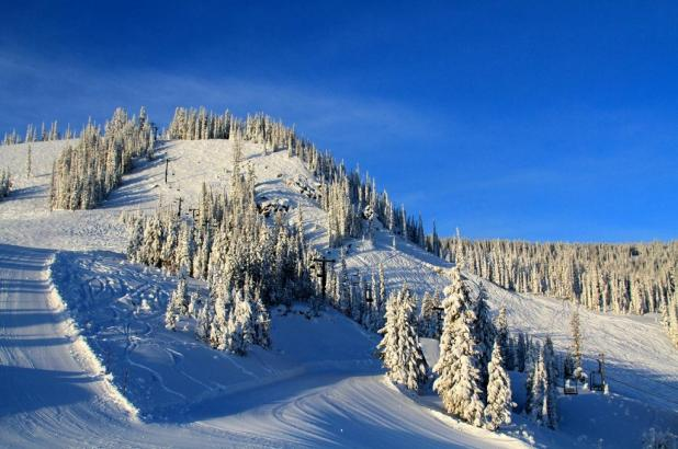 Nieve abundante en Lost Trail Powder Mountain
