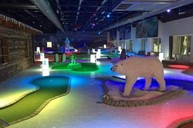 Nuevo mini Golf en Madrid Snowzone