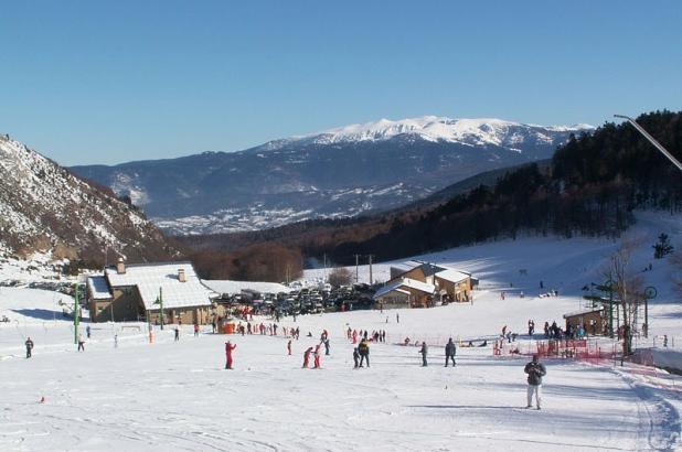 Aspecto de la base de la estación de esquí de Mijanès-Donezan