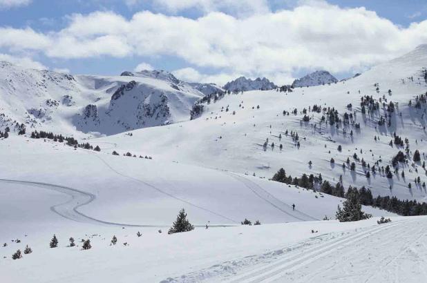 Panorámica de la bella estación de esquí nórdico de Plateau de Beille