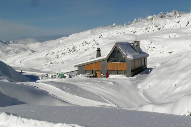 Estación de esquí de fondo en el valle del Roncal, Navarra