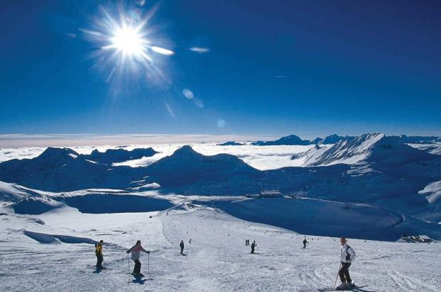 Magnífico panorama nevado de St. Jakob im Defereggental