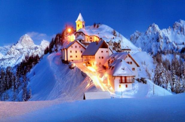 El bonito pueblo de Tarvisio en invierno