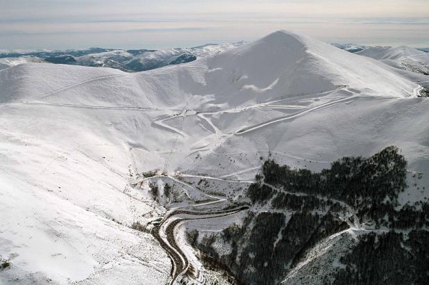 Estación de Valdezcaray ubicada en las laderas del Monte San Lorenzo