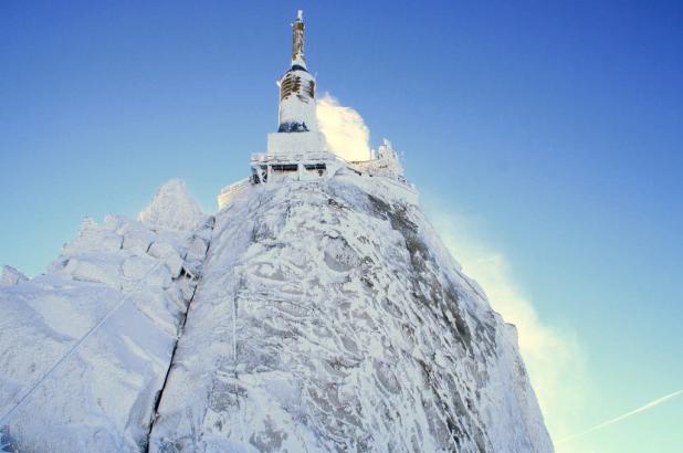 L'Aiguille du Midi en invierno