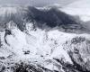 Erupción de un volcán en una estación de esquí japonesa con un muerto y heridos (fotos y vídeo)