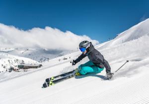 Visitamos St. Anton: la cuna del esquí alpino sigue siendo la reina del Après-Ski y del powder