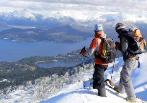 El invierno llega a Argentina, descubre las 5 joyas andinas donde esquiar lejos de la masificación