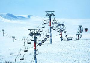 Cuando el esquí es exotismo: 11 lugares donde puedes esquiar que ni te imaginas