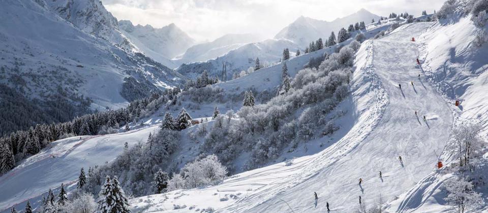 ¿Cuáles son las 10 estaciones de esquí más grandes del mundo?