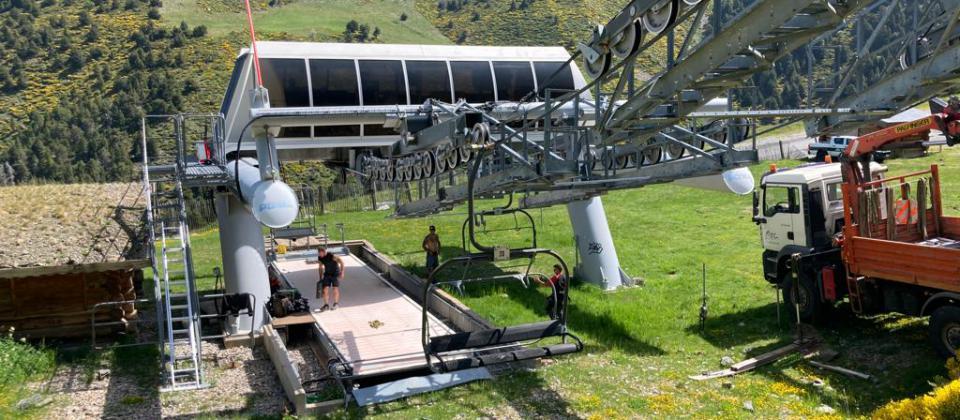 Puigmal 2900 abrirá en diciembre con esquí alpino y la mitad de los remontes y pistas