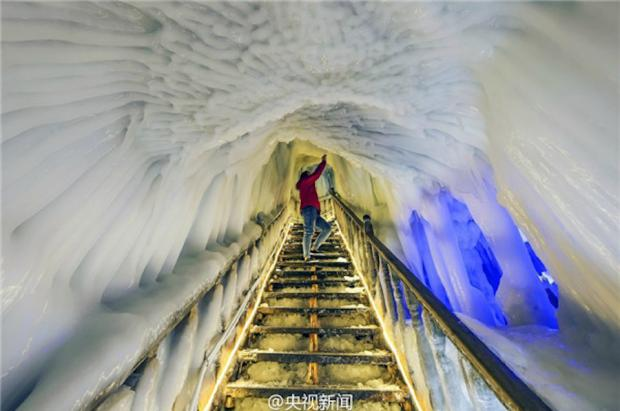 Abren al público 14 impresionantes cuevas de hielo en China descubiertas hace 16 años
