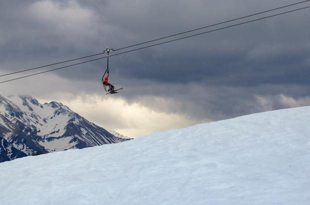 Las competiciones y los eventos de nieve toman las estaciones de Aramón este fin de semana