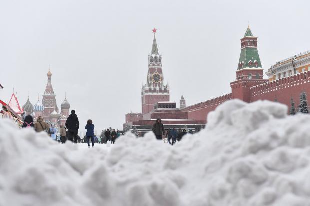 Problemas en Moscú por la nevada más fuerte de los últimos 68 años