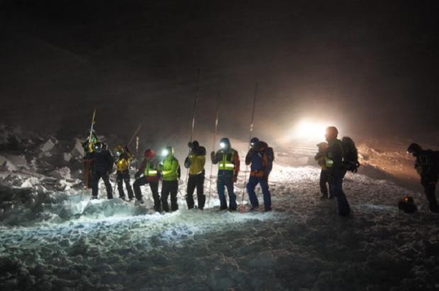 Primeras dos muertes en fuera pistas por avalanchas en el cantón suizo del Valais