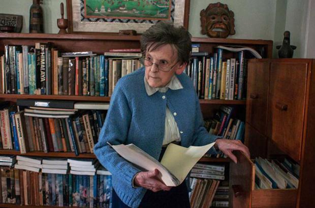 """Muere Elizabeth Hawley, la """"notaria del Himalaya"""", a los 94 años"""
