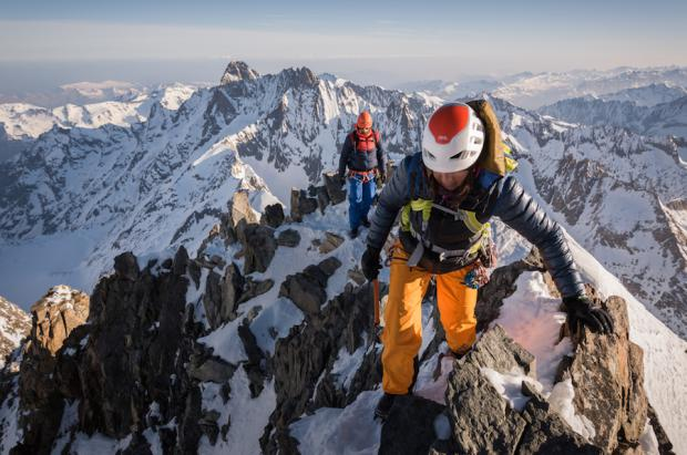 Salomon TV estrena el documental a Liv Sansoz en su ascenso a los 82 cuatromiles de los Alpes