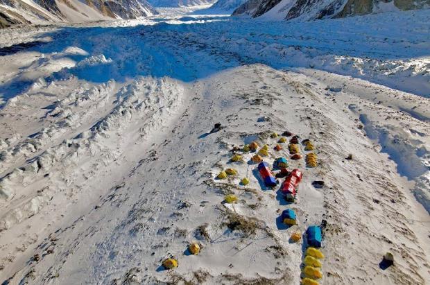La sombra de la muerte se cierne sobre el primer ascenso invernal al K2