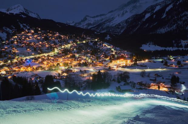 Las estaciones de Suiza estrenan remontes, pistas más largas y ocio complementario al esquí