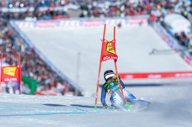¿De dónde ha salido Alice Robinson, la sensación del esquí que hace sombra a Mikaela Shiffrin?
