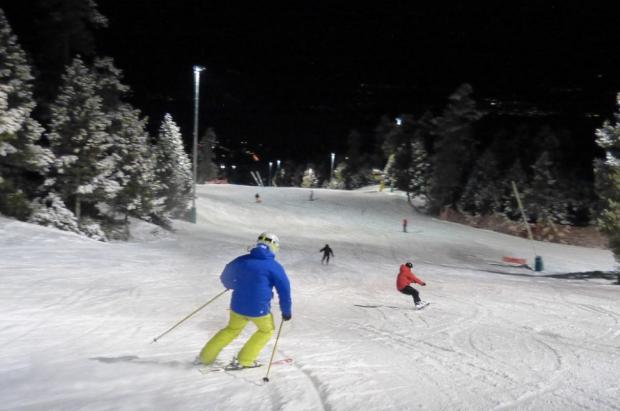 10 cosas que debes saber sobre el esquí nocturno