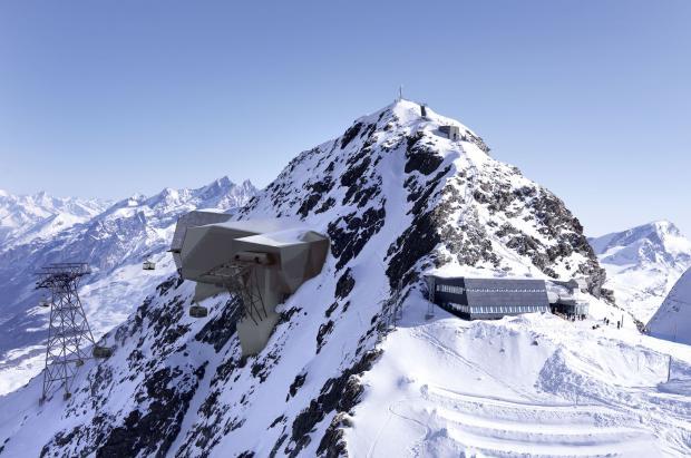 Zermatt desencalla 60 millones de inversión en el esquí para cuando termine el COVID-19
