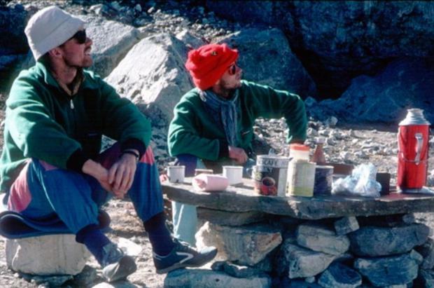Hallados los cuerpos congelados de 2 alpinistas desaparecidos en el Pumori hace 30 años