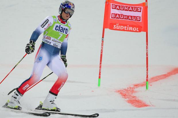 La esperanza del esquí francés, Alexis Pinturault, se lesiona en el paralelo de Alta Badia