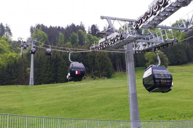 Un muerto y seis heridos en un accidente en un telecabina de los Alpes suizos