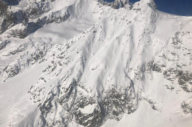 Dos esquiadores italianos mueren en una avalancha cerca del Mont Blanc