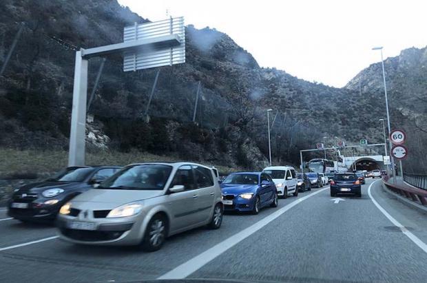 ¿Es posible volver del Puente desde la Cerdanya o Andorra y ni morir en el intento?