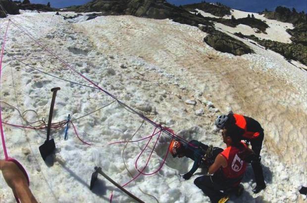 Fallece un montañero tras caer por un agujero en la nieve en la Renclusa (Benasque)