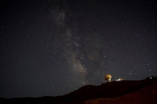 Sierra Nevada abre este sábado por la noche un telecabina para observar las Perseidas