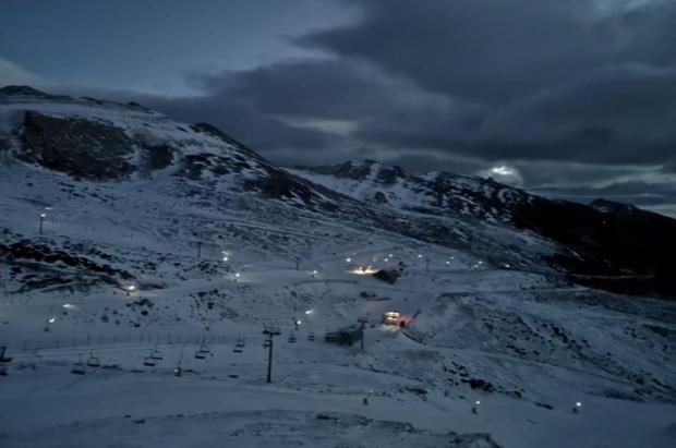 Alto Campoo roza los 30.000 esquiadores y anuncia descuentos del 45% para los vecinos