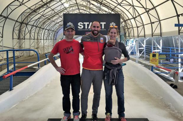 Ander Mirambell inicia temporada en Canadá con nuevos compañeros de viaje