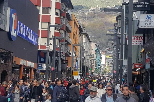 159.000 vehículos entran en Andorra esta Semana Santa, un 7% más que el año pasado