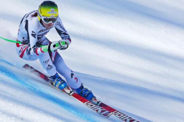 Andrea Fischbacher se impone en el descenso Crans-Montana